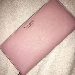 kate spade baby pink wallet ♠️